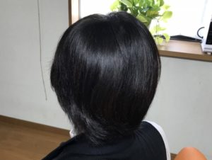 後ろから見た仕上がりの髪